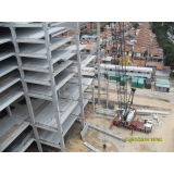 estrutura de concreto pré-fabricada
